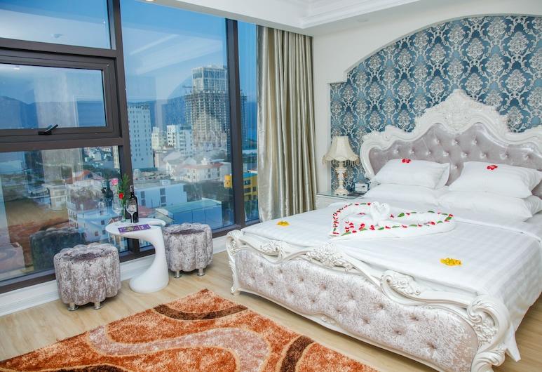 峴港金色玫瑰酒店, 峴港