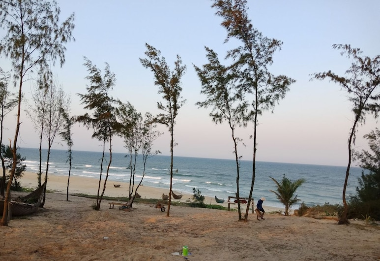 Blue Ocean Homestay, Tam Ky, Beach