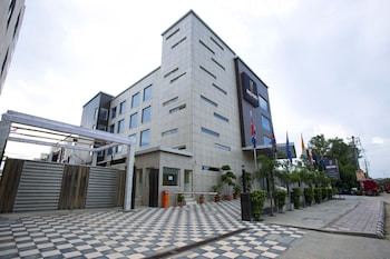 Picture of Kings Forth Hotels in New Delhi