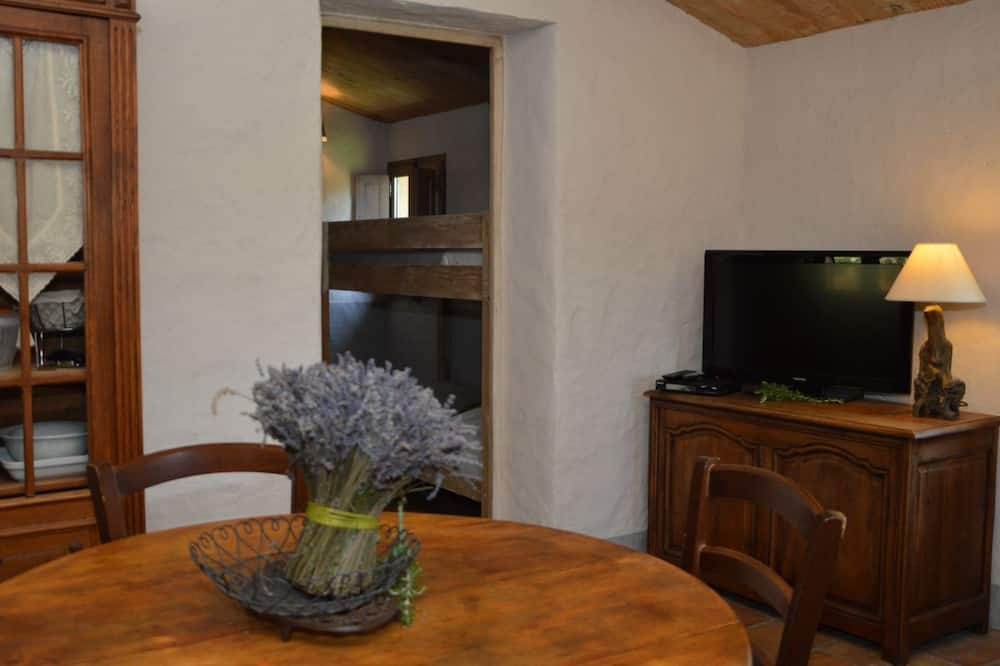 Maison (A Vigna) - Restauration dans la chambre