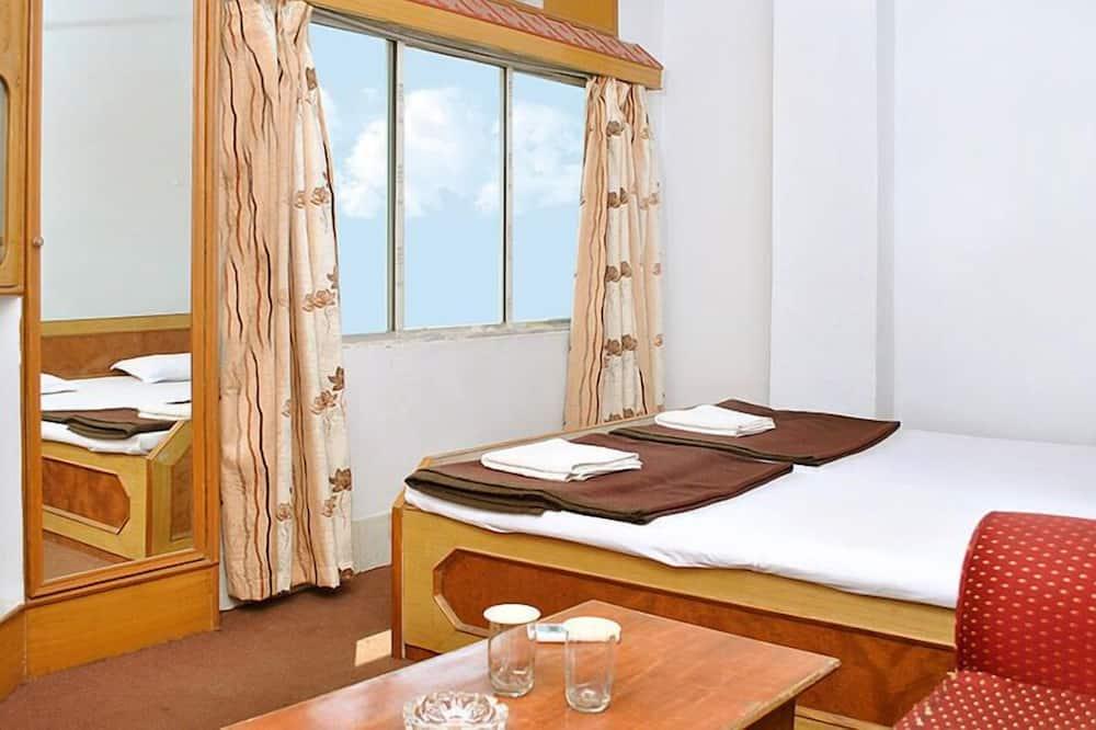 Economy-Zimmer, 1 Doppelbett, Raucher - Wohnbereich