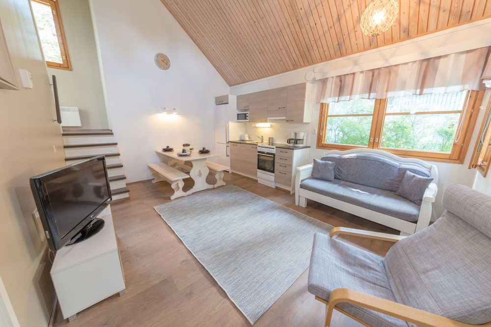 Cottage, multiple beds (5-6 Adults) - 客廳