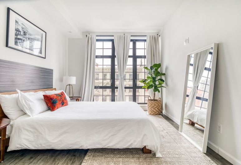 138 Bowery, New York, Standard Double Room, 1 Queen Bed, Guest Room