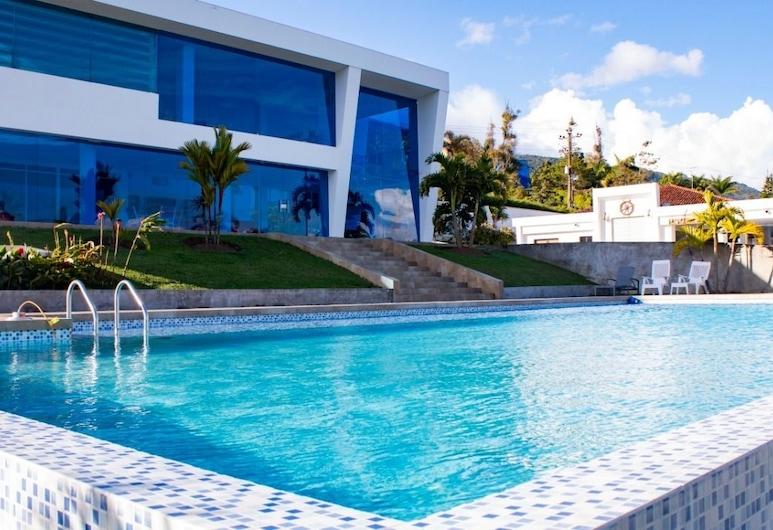 Blue Palace Hotel, Calima, Alberca cubierta o al aire libre