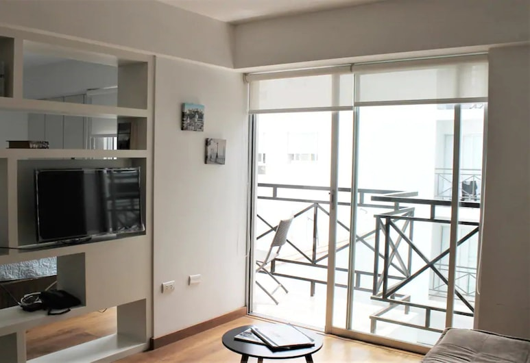 Cozy Apt with Balcony in an Exclusive Area #6, Lima, Apartment, 1 Queen Bed with Sofa bed, Non Smoking, Living Area