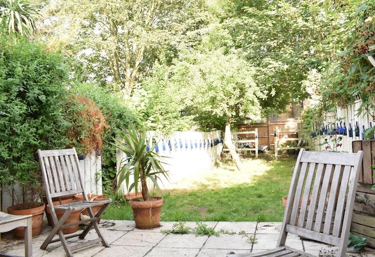 Spacious 1 Bedroom Apartment in Peckham Rye, London, Balkon
