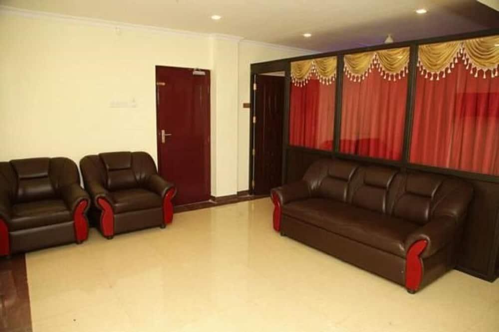 Karališkos klasės kambarys - Svetainės zona