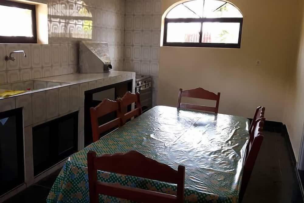 Διαμέρισμα, Περισσότερα από 1 Κρεβάτια, Μη Καπνιστών - Γεύματα στο δωμάτιο