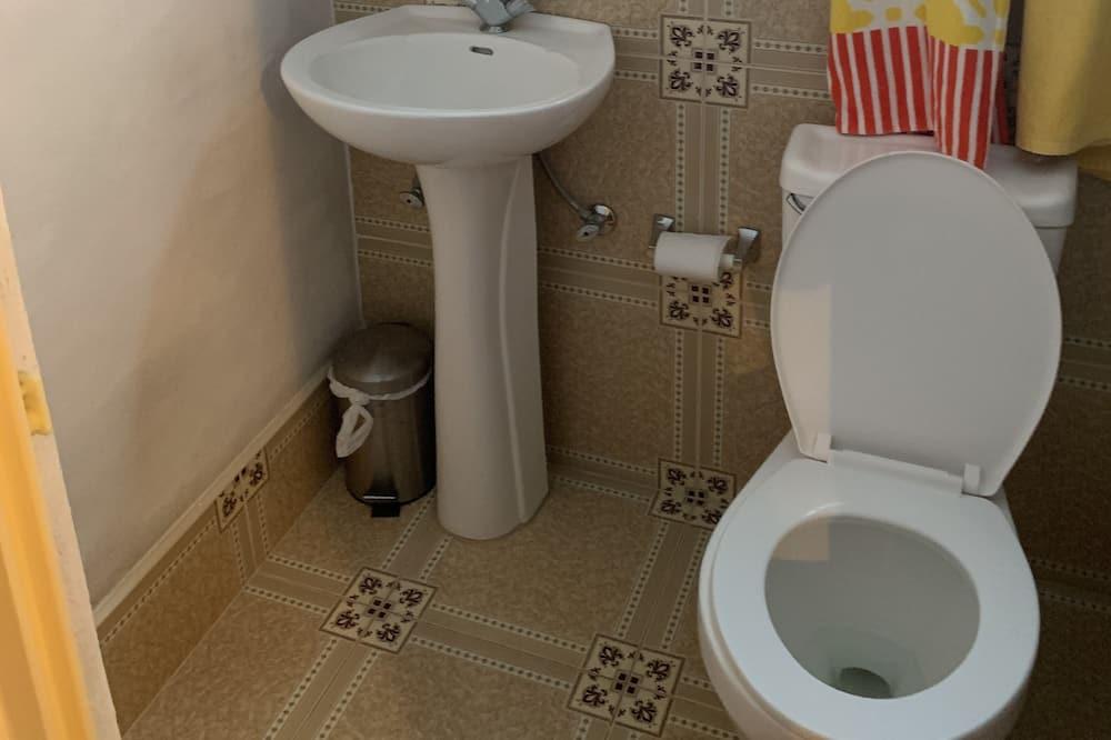 컴포트룸, 침대(여러 개), 금연 - 욕실