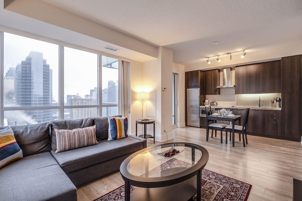 Апартаменты, 1 двуспальная кровать «Квин-сайз» с диваном-кроватью, для некурящих - Номер