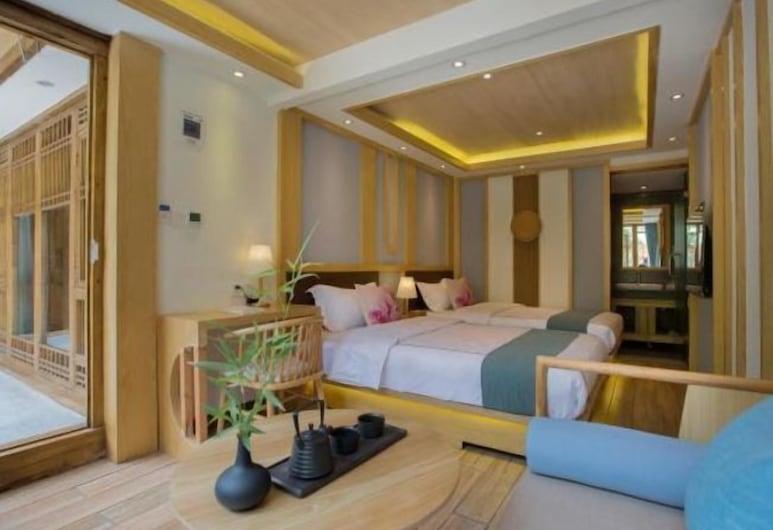 Floral Hotel Lijiang Yuezhuxuan, Lijiang, Værelse