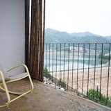 Classic Twin Room - Balcony