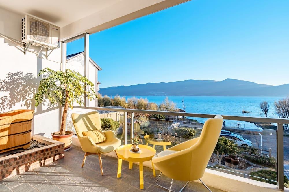 Kamar Double Premium - Balkon