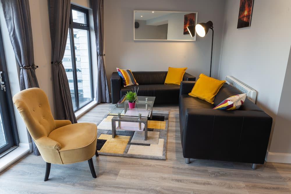 Apartment, 3 Bedrooms (Sleeps 5) - Living Area