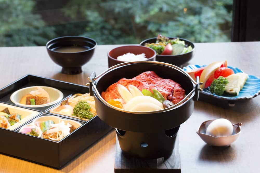 Deluxe Japanese Style Room, Smoking - Food and Drink