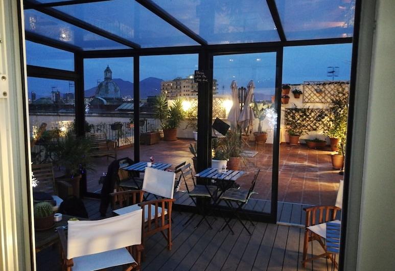 西班牙皇宮客房陽台酒店, 那不勒斯, 陽台