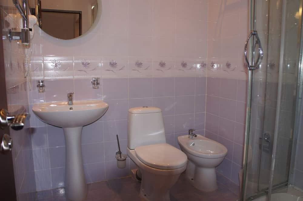 Phòng 3 Deluxe, Ban công, Quang cảnh biển - Phòng tắm