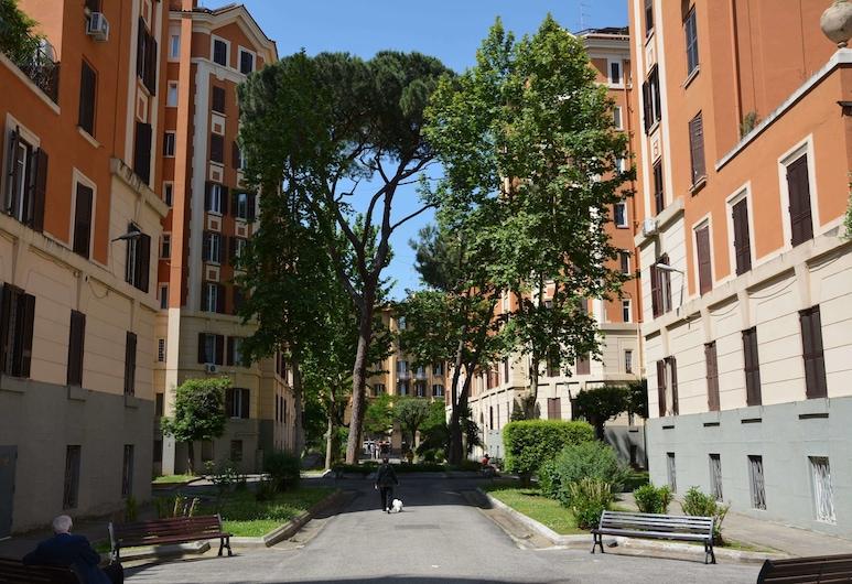 Casa Roma 95, Rím