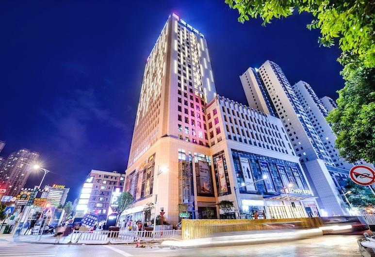 City Comfort Inn Nanning Jianzheng Road, Nanning, Hotellin julkisivu illalla/yöllä