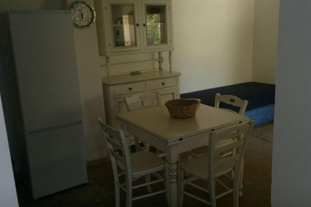 Huvila, 3 makuuhuonetta - Ruokailu omassa huoneessa