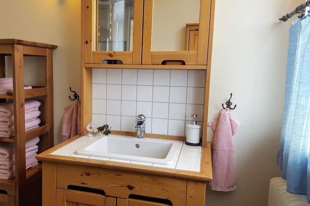 Quarto Duplo, Vista Jardim - Casa de banho