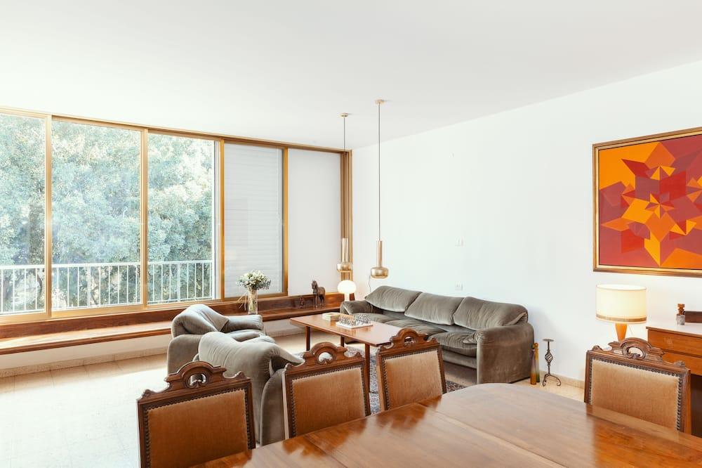 คลาสสิกอพาร์ทเมนท์, 3 ห้องนอน - พื้นที่นั่งเล่น