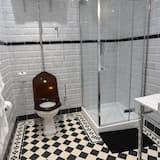 Family Room (1 Double 2 Singles) - Bathroom