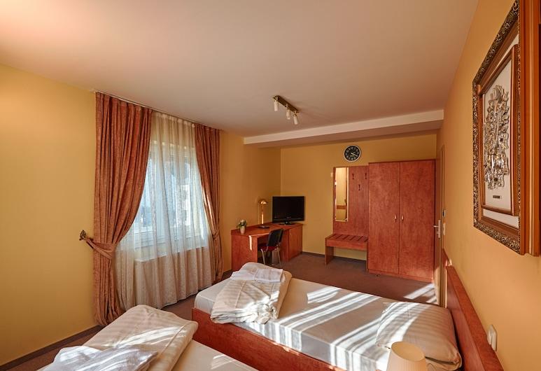 Airport Global Hostel, Mörfelden-Walldorf, Lejlighed - 5 soveværelser (D), Værelse