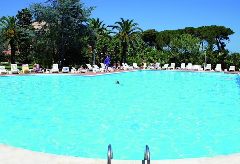Hotel Parco dei Principi, Anzio, Udendørs pool