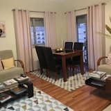 Apartment, 3 Bedrooms, Non Smoking - Living Area