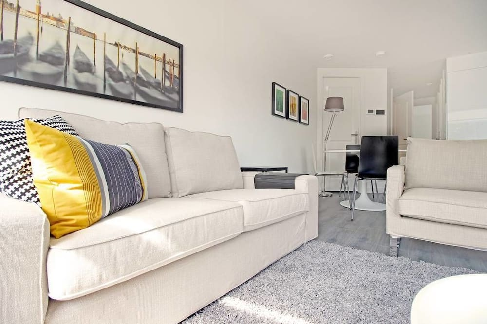 Apartment (2B) - Living Room