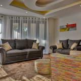 Deluxe-Apartment, 3Schlafzimmer, Balkon, Flussblick - Wohnbereich