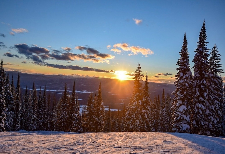 Black Diamond 3 Bedroom Condo, Whitefish, Ski Hill