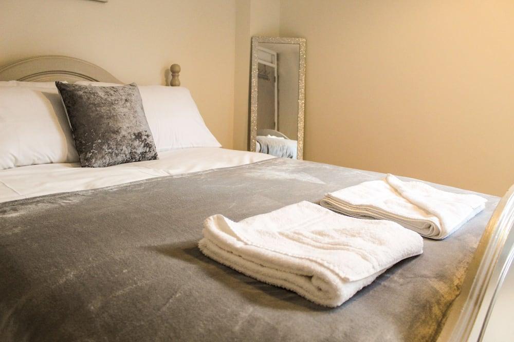 Апартаменты «Сити», 3 спальни - Номер