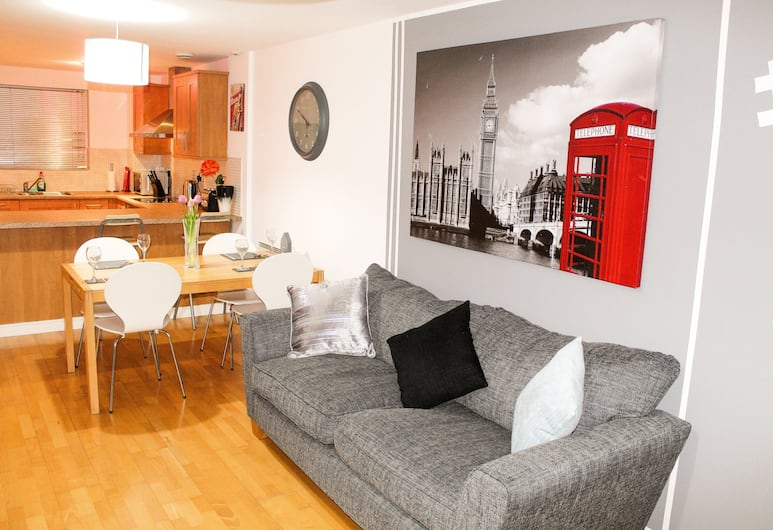 75 The Gardens, Liverpool, Apartment, 2 Bedrooms, Living Area