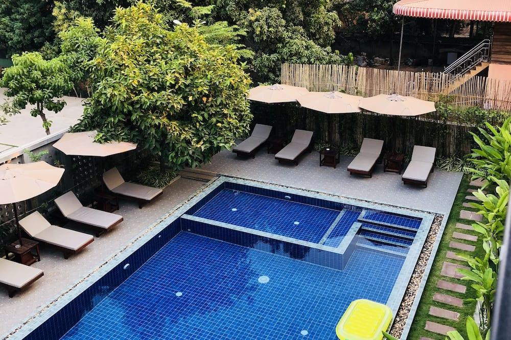 Suite, 2 kamar tidur, pemandangan kolam renang - Foto Unggulan