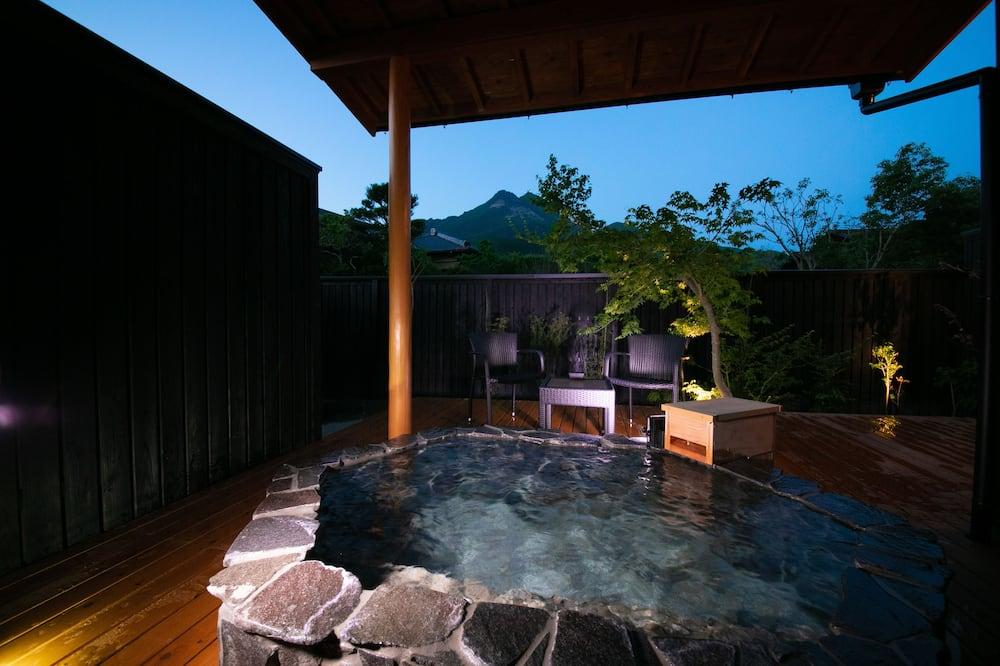 Habitación tradicional, baño privado, vista a la montaña (Japanese Style,Standard,Open-air Bath) - Habitación
