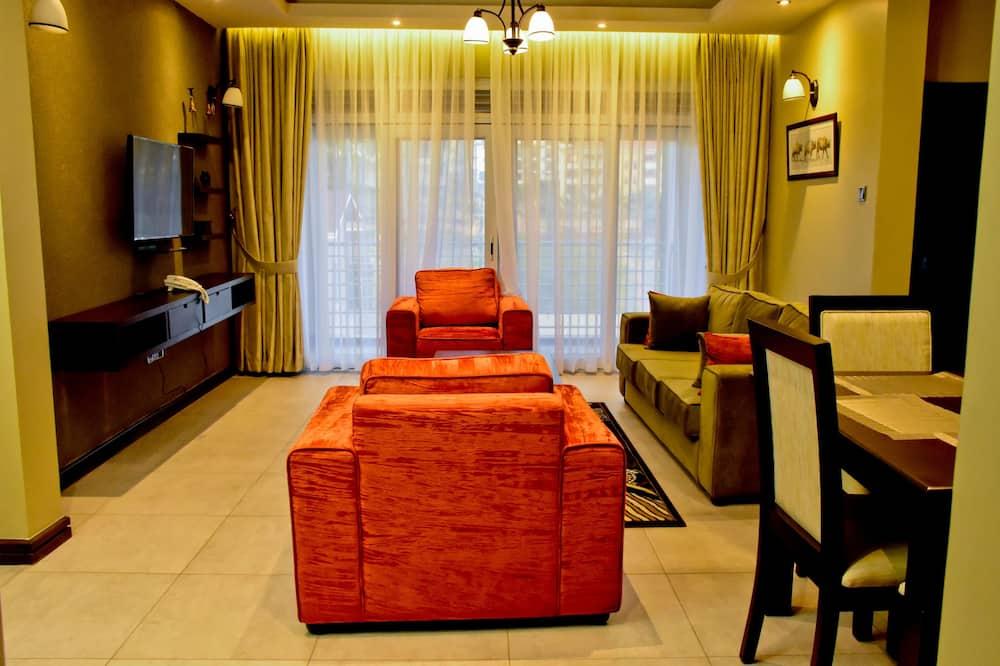 شقة عائلية - غرفتا نوم - تجهيزات لذوي الاحتياجات الخاصة - منظر للتل - منطقة المعيشة