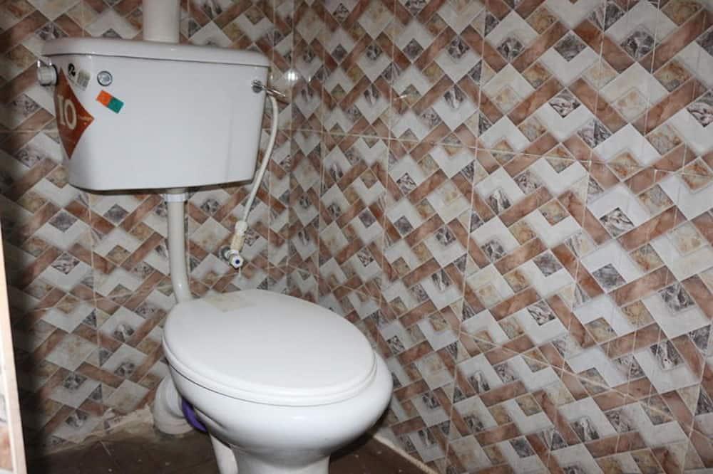 Chambre Standard, 1 grand lit, non-fumeurs - Salle de bain