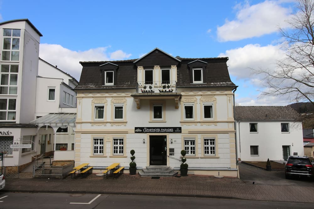 Aparthotel Paradies, Bad Salzschlirf