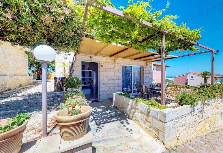 Lofos Village Chania, Chania, Luxury Apartment, 2 Bedrooms, Private Pool, Terrace/Patio