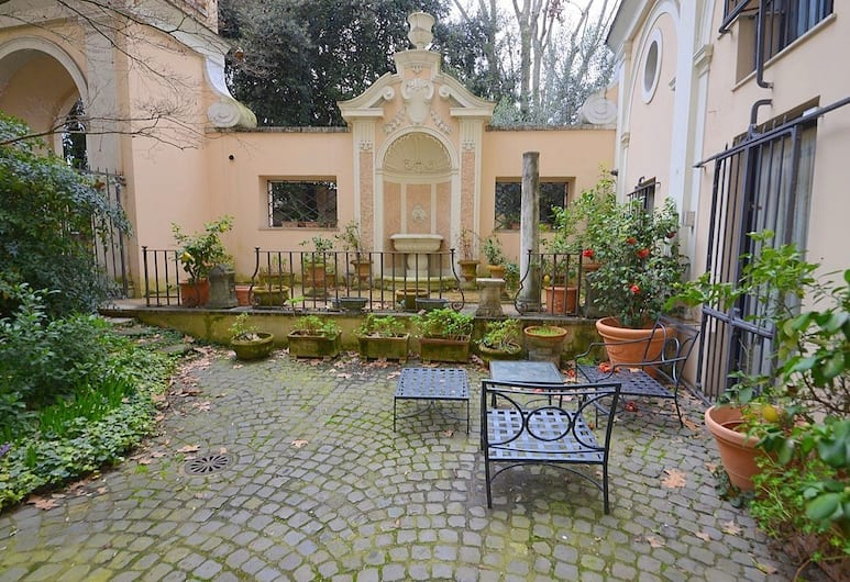 Prestigious Apartment Via Giulia, Roma, Terrazza/Patio