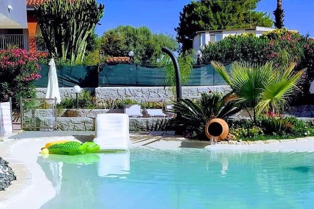 Villa With 3 Bedrooms in Fontane Bianche, With Wonderful sea View, Private Pool and Enclosed Garden - 200 m From the Beach