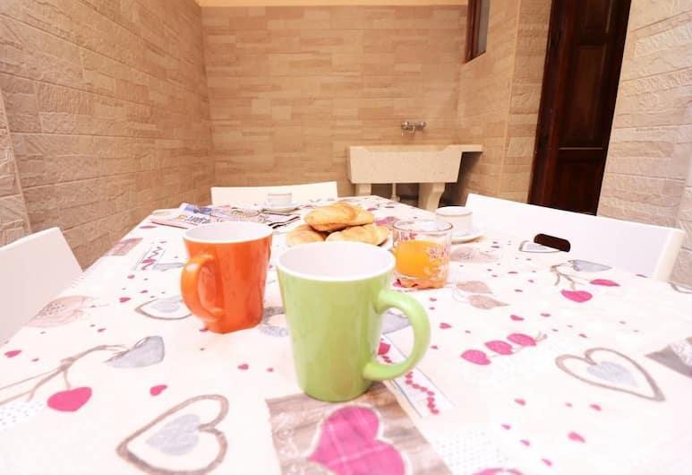 Casa Diana, Otranto, Apartment, 2 Bedrooms, In-Room Dining