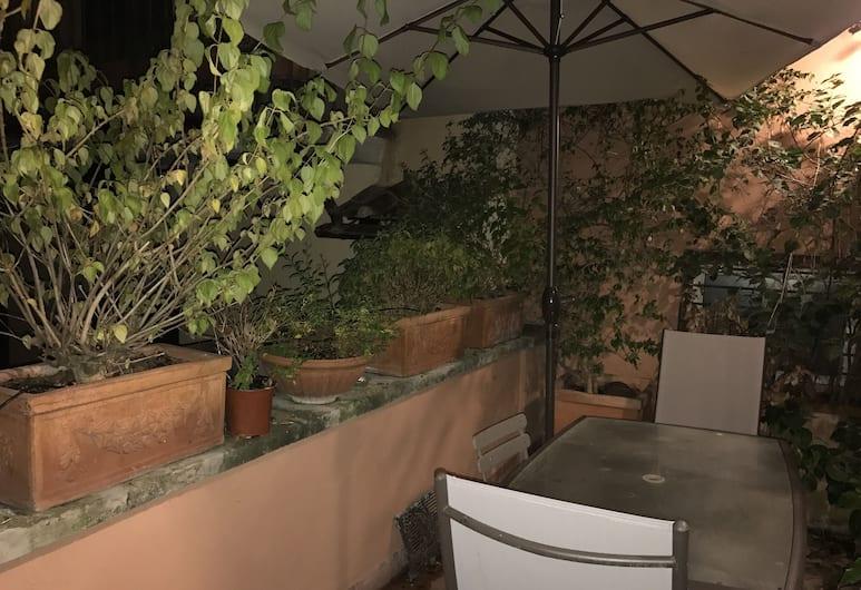 Step Spanish Apartment with Terrace , Roma, Apart Daire, 3 Yatak Odası, Teras/Veranda