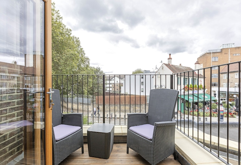 Fulham Road Apartments, London, Luxury Apartment, 1 Bedroom (First floor), View from room