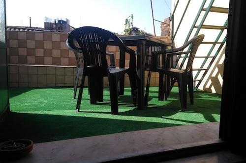 蒙納卡里亞鋼琴公寓酒店/
