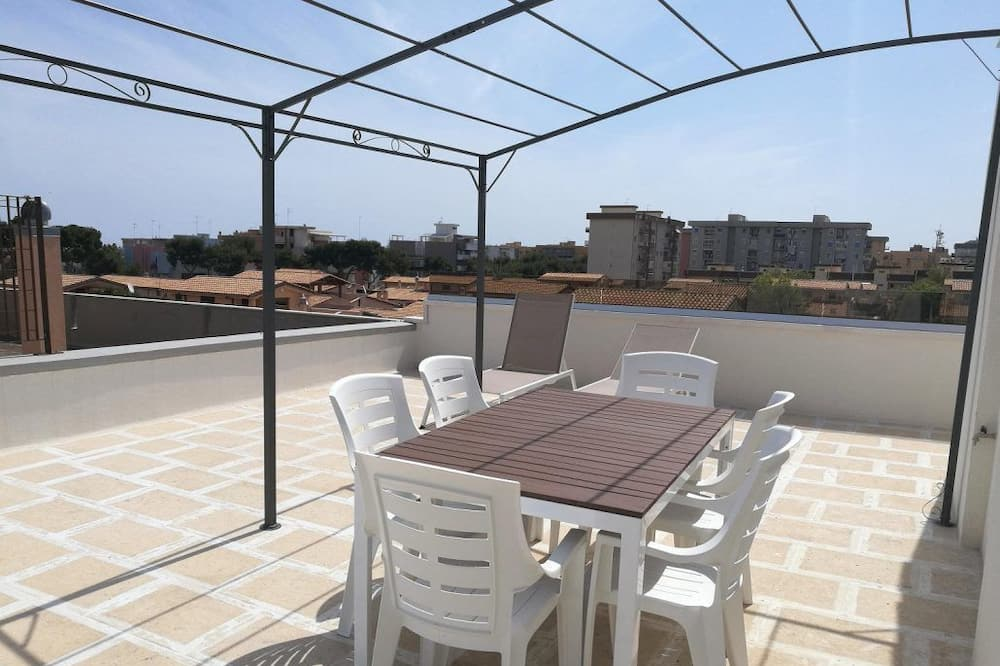 Apartment, 2 Bathrooms, Tower (2) - Terrace/Patio