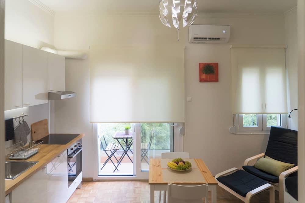 Appartamento City, 1 letto matrimoniale con divano letto, non fumatori, vista città - Area soggiorno