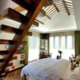 Deluxe Suite, 2 Bedrooms - Living Room